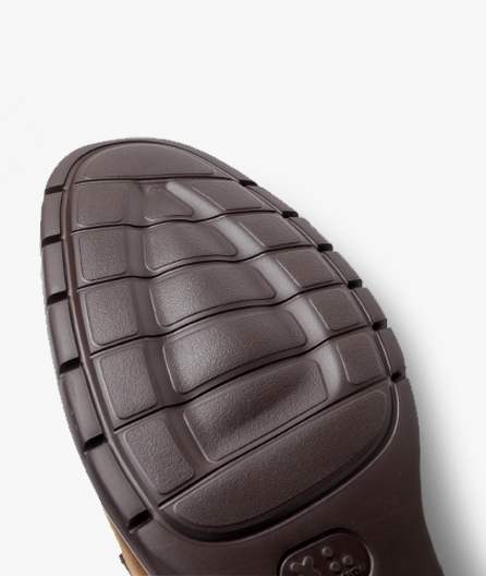 Luxuriously soft leather uppers
