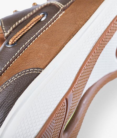 Fully cushioned, removable footbed with anti-odor treatment adds comfort and peace of mind.