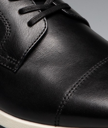 Smooth leather upper for a luxurious look and soft feel.